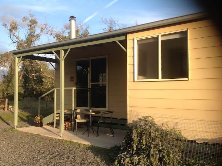 Orchid Lane Cottages. Cabin 3