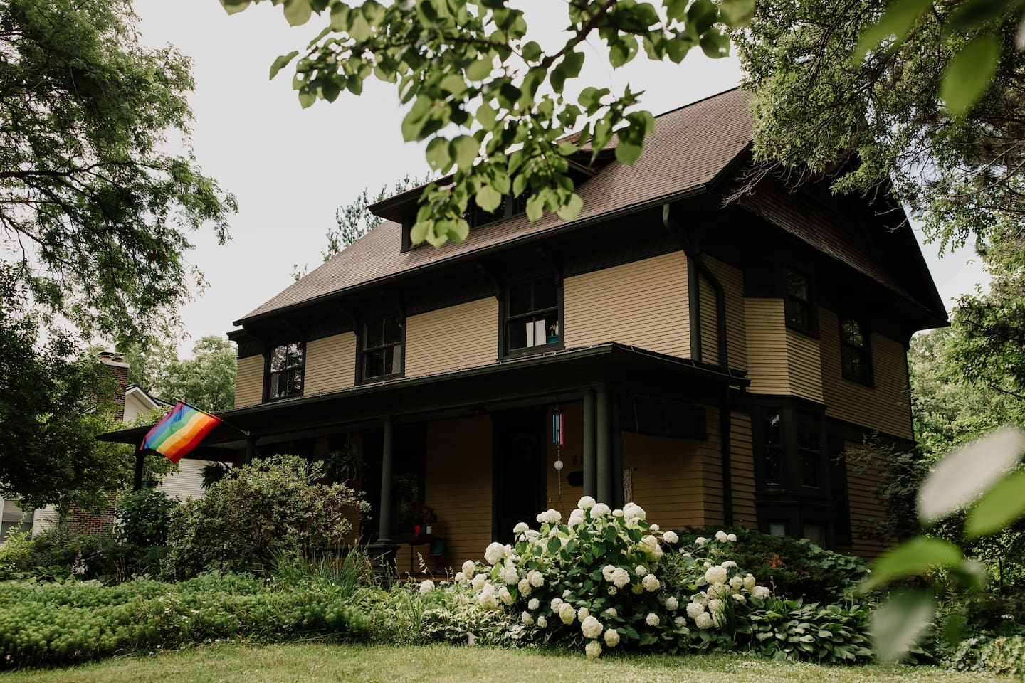 Iowa's Queerest B&B in America's Coolest Small Town. Thistle's Summit is a historic home with modern amenities and ideology, nestled in dreamy Mount Vernon, Iowa.