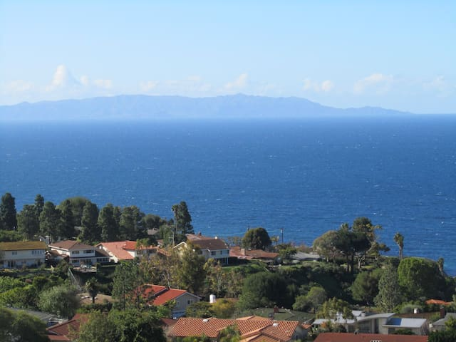 Feng Shui House - Ocean Views Home Share with Host - Rancho Palos Verdes - Ev