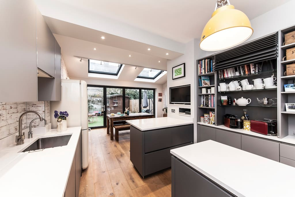 Large Family Home Chiswick West London Townhouses For Rent In London United Kingdom