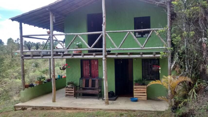 Wawayay, hermosa cabaña para la paz y tranquilidad - Santa Elena - Casa de campo