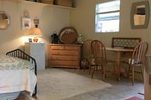 Coffee/tea/sitting refridgerator/table