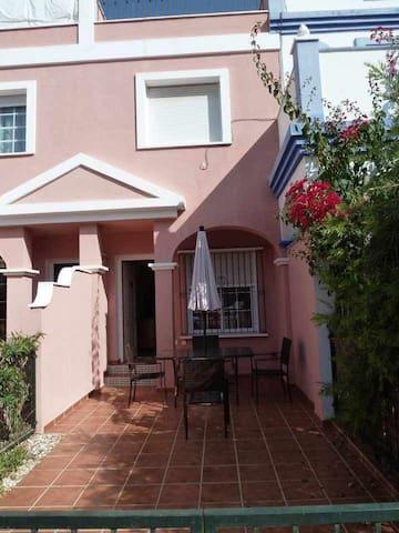 Casa Frontera AS042