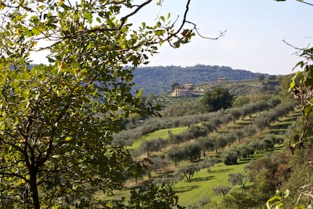 Private House Umbria untouched countryside - Gualdo Cattaneo - Apartemen