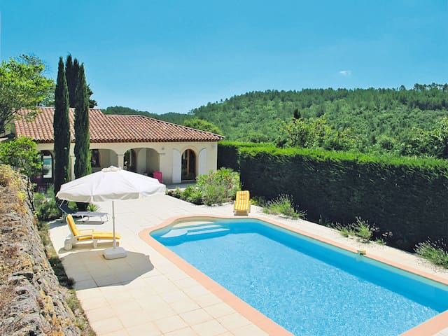 Holiday home in Cabasse - Cabasse