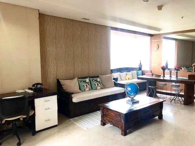 Homey place in Senayan with full amenities
