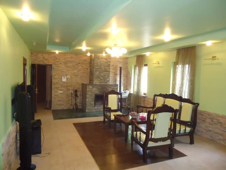 Ecotourism, resort village Arzni, own house