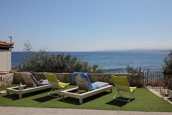 Endless Blue Sea Frontal house #2