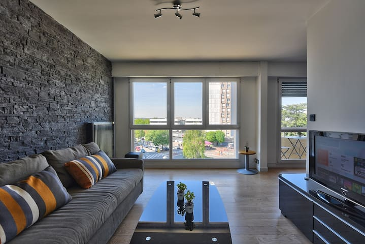 Chic apart with balcony