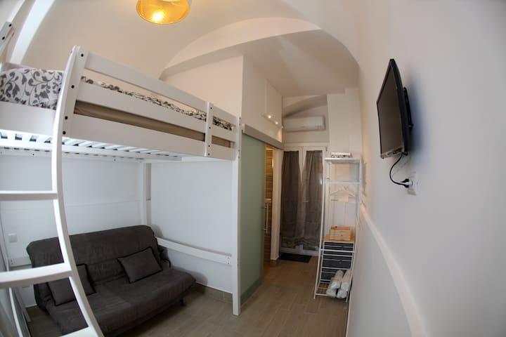 SUPERA Napoli Room (Wi-Fi)