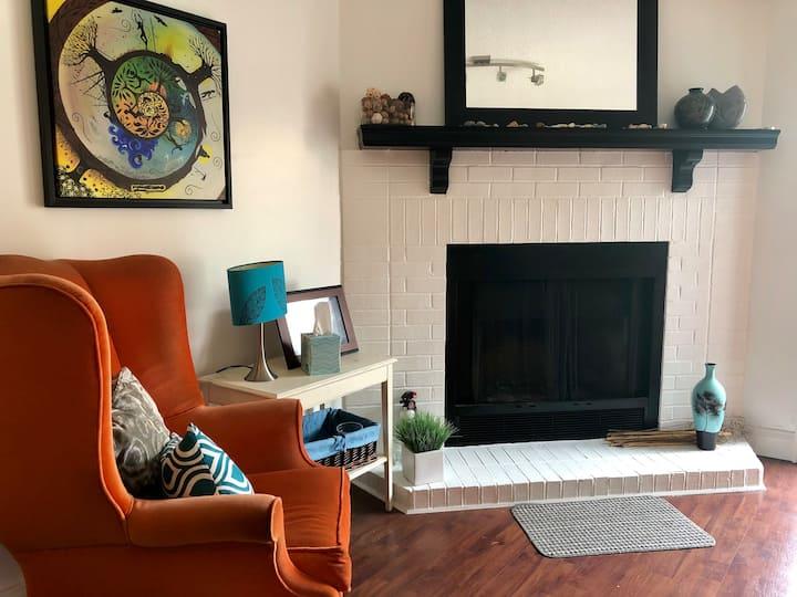 Luxurious Retreat Room
