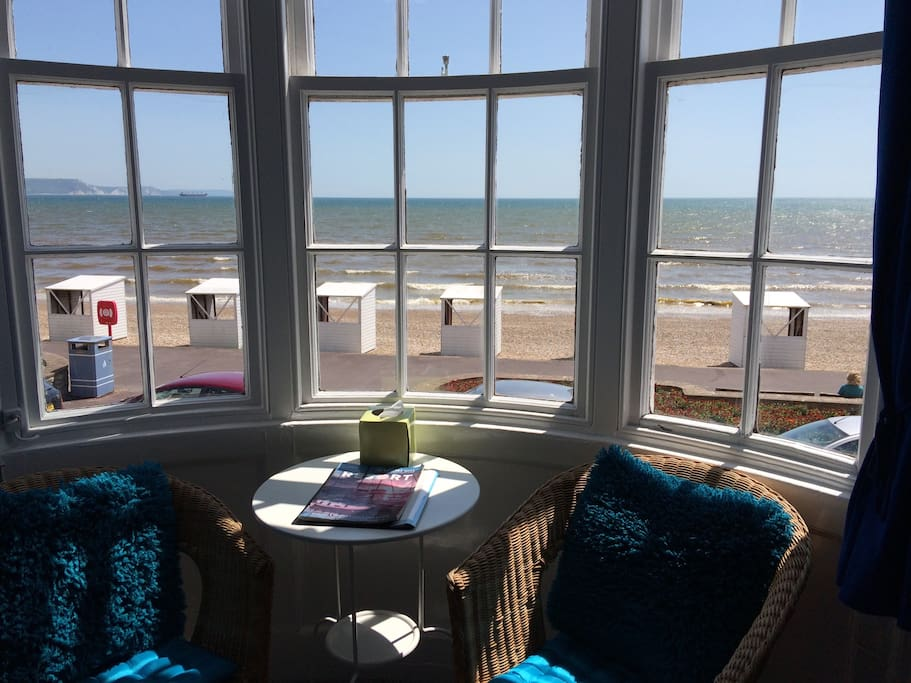 Room 1 - Family room, sea view ensuite, 1 x double bed & 2 x single beds