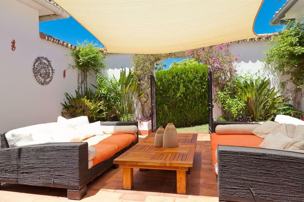 Lovely chillout courtyard area with sail shades