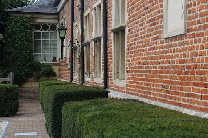 Luxury B&B Hof VanVolmersele near Zaventem