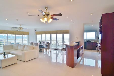 View Talay 6. Large Corner Suite!  Best Seaview !