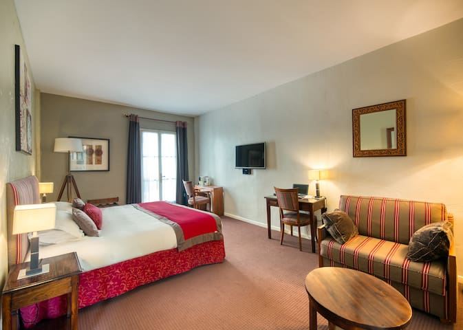 Hôtel Aragon 3* Deluxe Room Twin Bed - B&B Offer