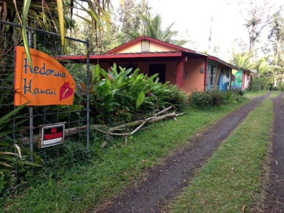 The Jungle Cottage is the first building at the Hedonisia Hawaii Sustainable Community