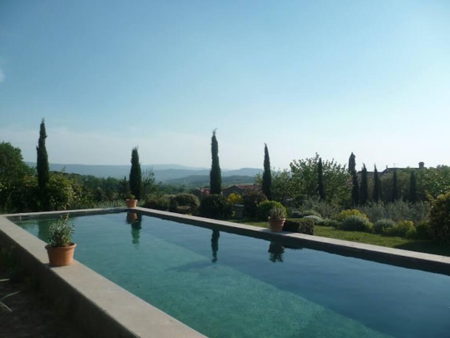 quatrième terrasse et piscine