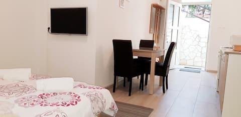 2+2 apartment