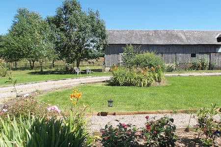bed & breakfast in the countryside - Bellou