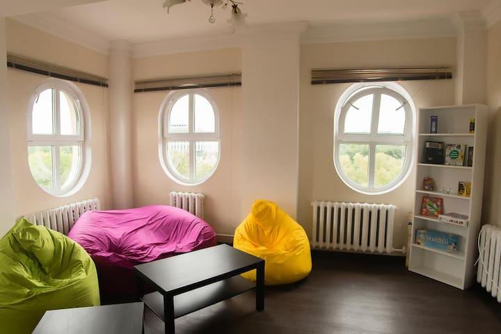 Кровать в общем 8 - местном номере (4)
