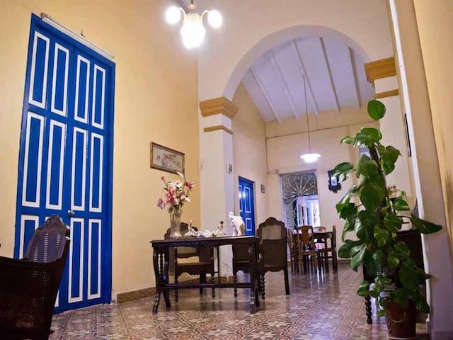 Hostal Las Tradiciones Hab II - Remedios - Oda + Kahvaltı