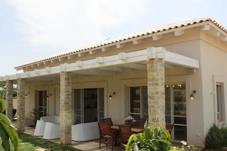 Beautiful private house - Beit Herut - Villa