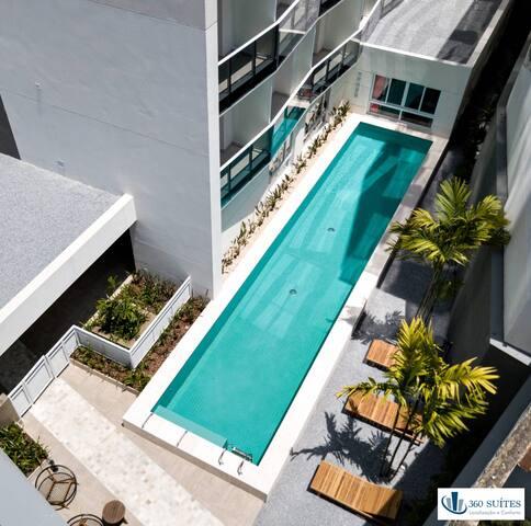 Área comum: piscina vista aérea
