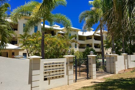 Townsville Explorer Two Bedroom Bathroom Apartment Townsville City