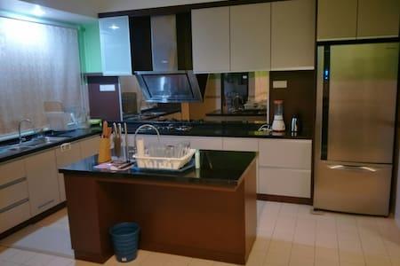 Eco N Wit Bandar Bukit Tinggi Klang - Klang - House - 2