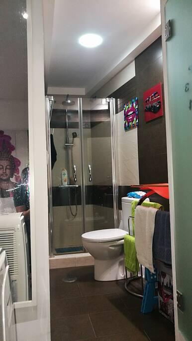 Baño, con plato ducha, Mampara