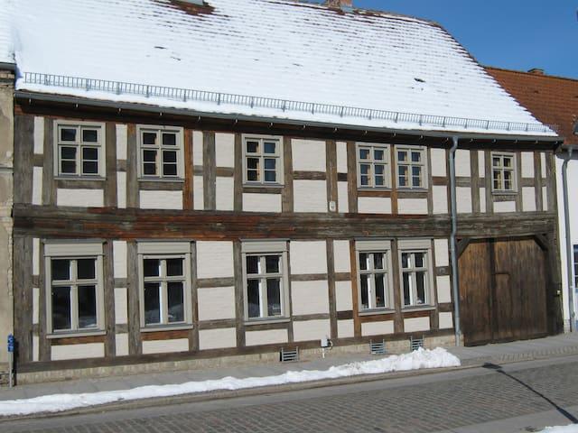 Wohnen im Denkmal im Havelland - Nauen - House