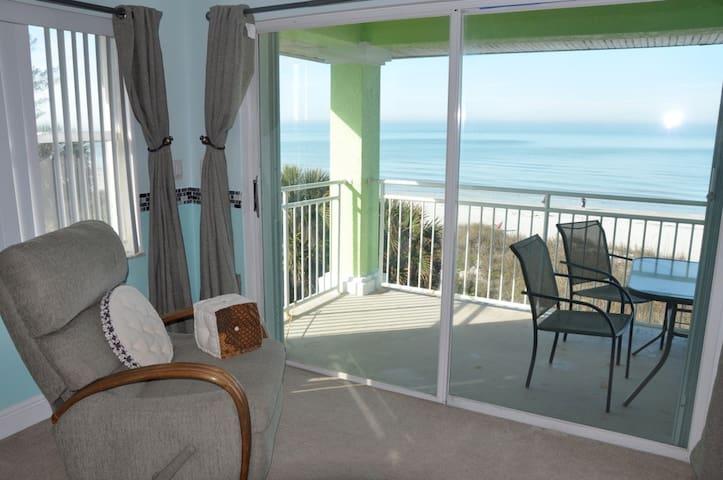 Luxury 4/4 Gulf Front Beach-Hm Pool - Indian Rocks Beach - Hus