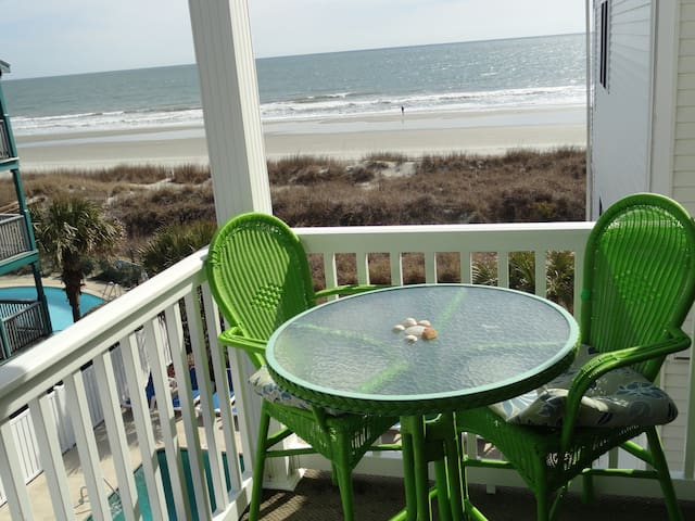 Oceanfront 2 BD, 2 BA Condo - North Myrtle Beach - Kondominium