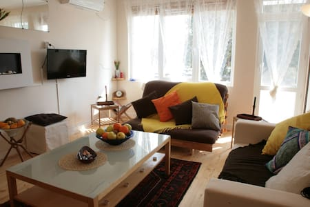 Brand new, 3 Bedroom flat in Banya - Banya
