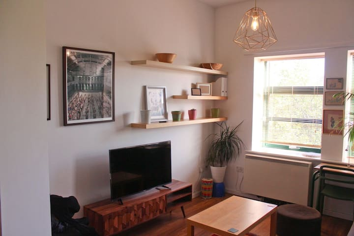 Beautifully unique 2 bed apartment