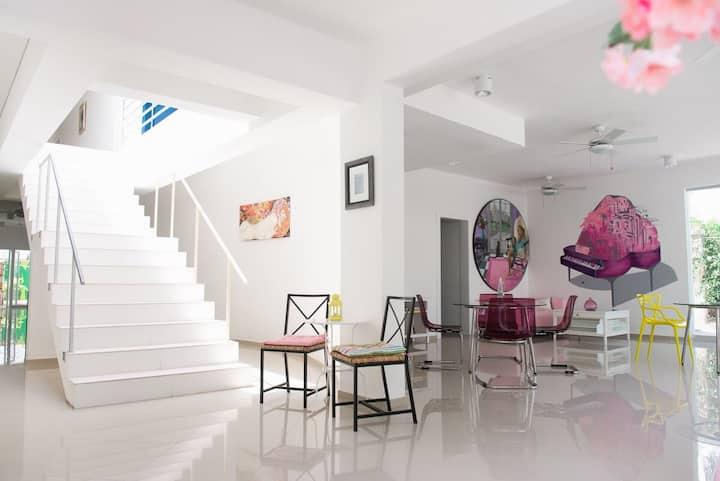 Art Villa - Studio - Warhol
