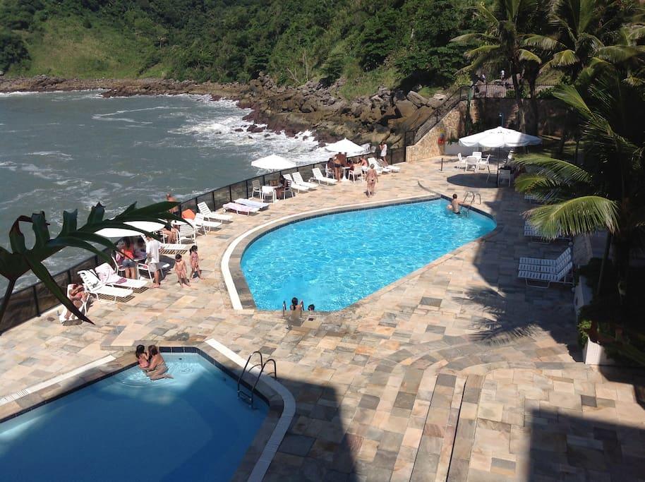 Piscinas de frente para o mar - 2 piscinas adulto / 1 piscina criança