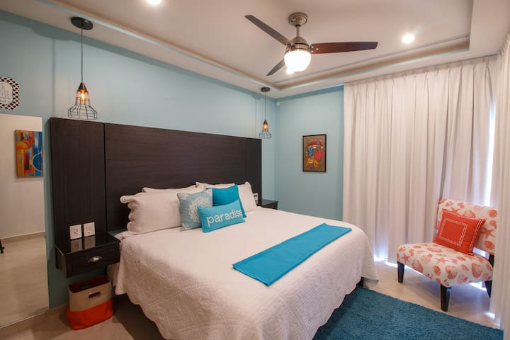 2nd Bedroom with King Bed