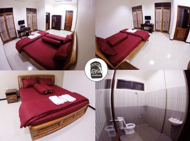 Bena Room  Facilities : Double Bed, TV, Air Conditioning, Free Wifi, Breakfast, Towel, Bath Towel, Slippers, Toothbrush, Shampoo, Soap bar