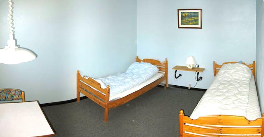 Room 2 at Sunds Sø Camping - Sunds - Bed & Breakfast