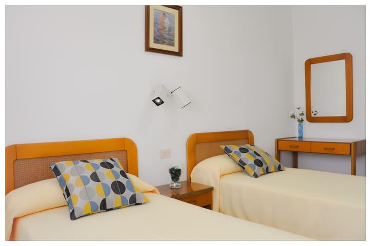 Habitaciones privadas (cada una con su baño) - Miño - Casa
