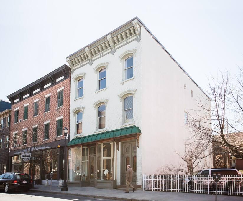 Exterior view of building from Warren Street