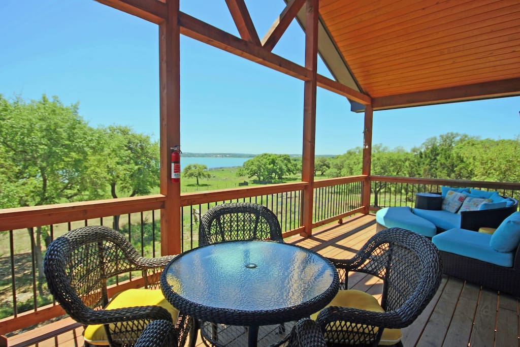 Raised Deck with Lakeview and Comfortable Funiture - Also includes gas barbecue grill with propane provided