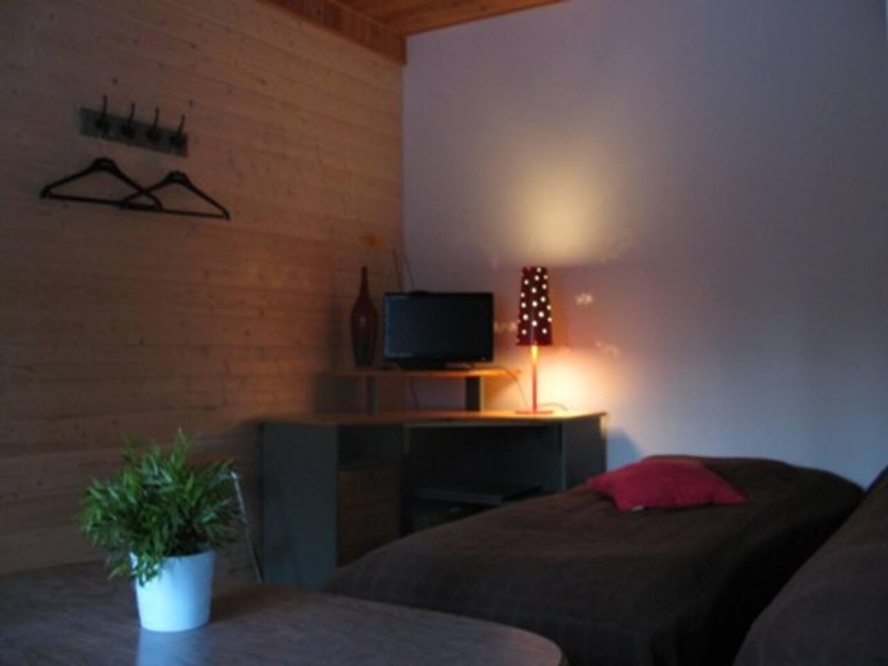2hh makuuhuone