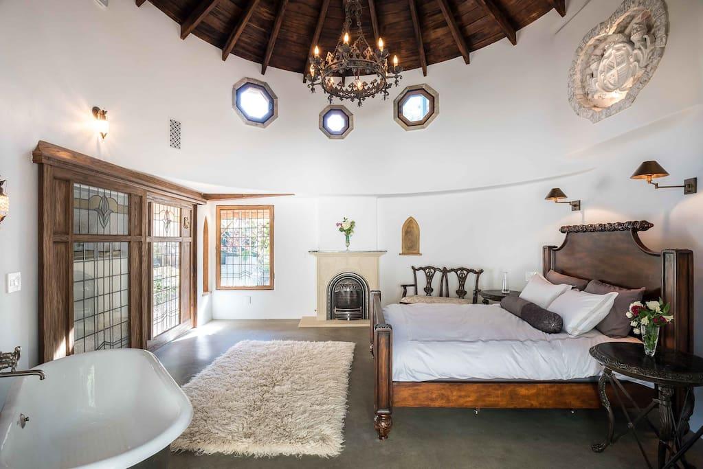Circular master bedroom