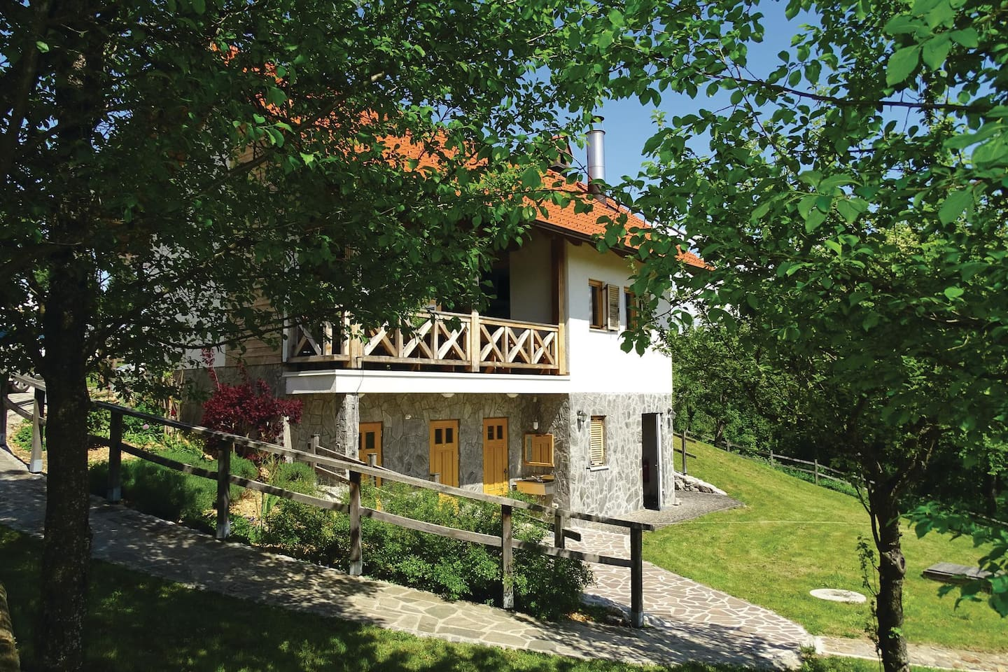 Holiday apartment with 1 bedroom on 41m² in Hinje