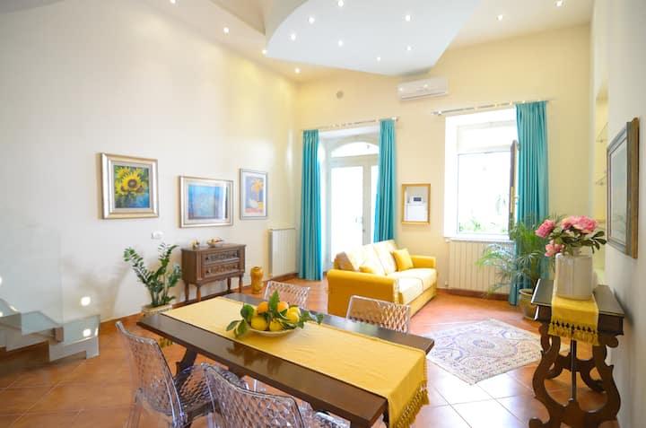 luxury apartment  n°1 ,  Centro di Taormina