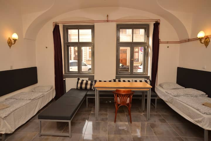 Apartment with great central location-8 person