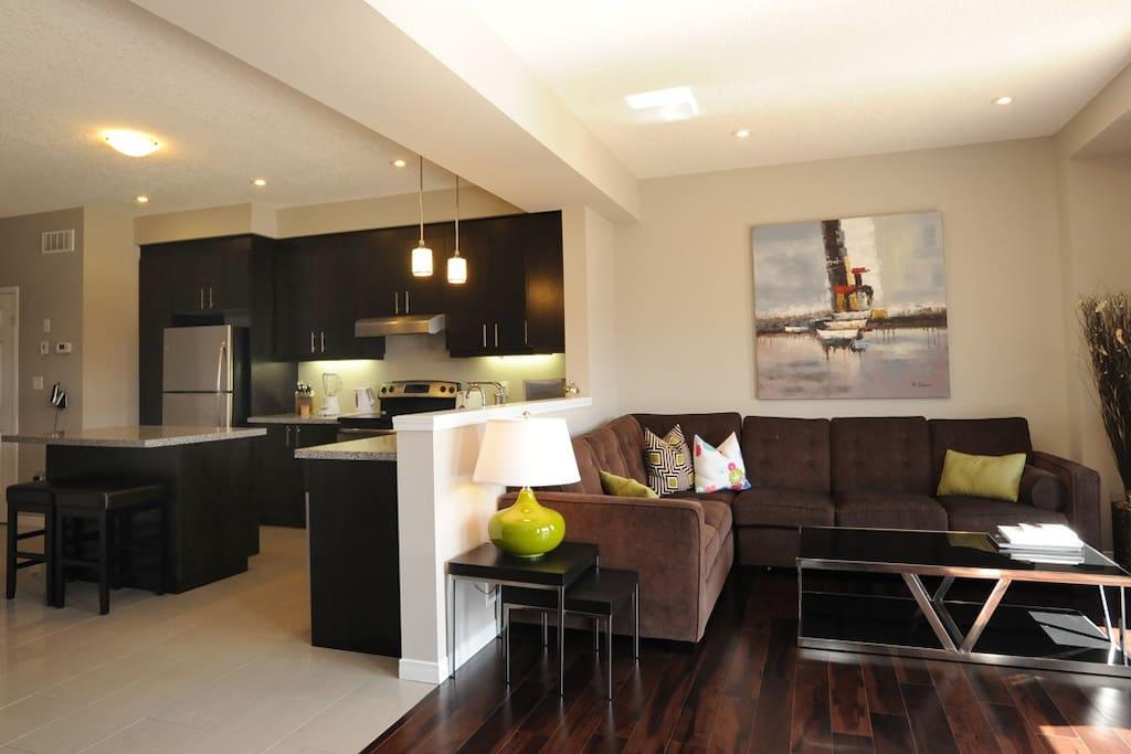 whole house 4 to 8 bdrm  boardwalk bridal home houses 3 bedroom houses for sale kitchener 3 bedroom house kitchener
